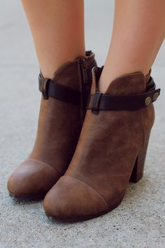 Boho Snap Button Tan Chunky Heel Bootie GAIL-22 | UOIOnline.com: Women's Clothing Boutique