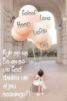 Kyk op na bo. Inspirational Qoutes, Uplifting Quotes, Lekker Dag, Mothersday Cards, Afrikaanse Quotes, Goeie Nag, Special Quotes, Religious Quotes, Wise Quotes