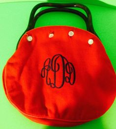 Vintage-1970s-Red-Embroidered-Initials-Button-Purse-With-Bakelite-Handles-Gift