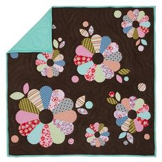 I am planning a dresden plate quilt and this gives me some great ideas!  Will use this tutorial: http://sewmamasew.com/blog2/2010/04/dresden-plate-block-sew-along/