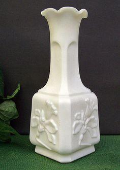 LOVE!!! Vintage 1950s Imperial Glass Doe Skin Milk by IslandLizziesCurios