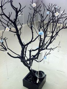 30 Black / porte-bijoux d'arbre peint avec par heartnotincluded