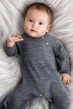 Unikt utvalda och exklusiva plagg och accessoarer i extra fina material för baby och nyfödda