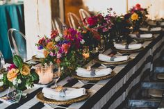 Colorful Artists Wedding in Seattle by Taylor'd Events Group   Deprisco Photo   McKenzie Powell Designs   Food Truck Pod #seattlebride #wedding #bride #foodtruck