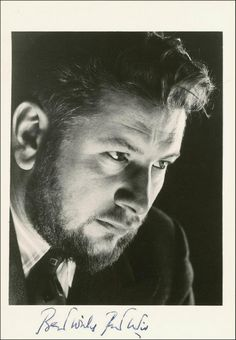 Portrait of Peter Ustinov, Old Hollywood Actors, Golden Age Of Hollywood, Classic Hollywood, Peter Ustinov, Those Were The Days, Man In Love, Old Movies, Classic Movies, Alter