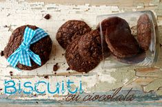 Biscuiti cu ciocolata Biscuit, Bread, Rome, Cookie Favors, Breads, Baking, Crackers, Buns, Cookies