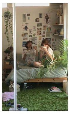 Indie Room Decor, Cute Room Decor, Aesthetic Room Decor, Aesthetic Indie, Indie Bedroom, Wall Decor, Diy Wall, My New Room, My Room