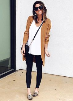 Fall outfits print shoes, camel long cardigan - Outfits for Work - Fall outfits print shoes, camel long cardigan - Casual Fall Outfits, Fall Winter Outfits, Spring Outfits, Legging Outfits, Instagram Outfits, Mode Outfits, Fashion Outfits, School Outfits, Fashion Tips