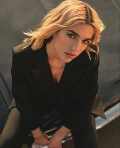 Nelly Furtado, Christina Aguilera, Dvb Dresden, New Star, Press Photo, Celebs, Celebrities, My Heart Is Breaking, Hair Inspo
