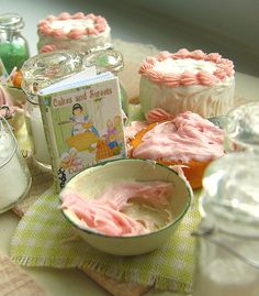 Baking a cake by goddess of chocolate, via Flickr