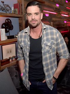 Currently shared 3.18K times per hour on PEOPLE.com Glee Star Mark Salling Arrested for Possession of Child Pornography