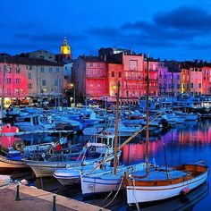 Beautiful Saint-Tropez ! -------------------------- #sttropez #france #picoftheday #igers #frenchriviera #spectacularview #byblos www.lescanebiers.com