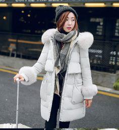 a8f1233a97ff 2016 Luxury European Women's Winter Real Fox Fur Collar Coat 90% white duck  down thick