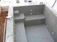 Many Hot Tub Designs are offered by portable spa manufacturers - - Hot tub designs can make or break the comfort level of a spa or hot tub when done poorly without considering user comfortability. Hot Tub Deck, Hot Tub Backyard, Small Backyard Pools, Backyard Patio, Diy Swimming Pool, Pool Spa, Piscina Diy, Whirlpool Deck, Kleiner Pool Design