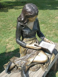 *previous pinner* Seward Johnson 'The Reader' Ursinus Sculpture Park, Collegeville . Sculpture Metal, Book Sculpture, Paper Sculptures, Reading Art, Girl Reading Book, Statues, Seward Johnson, Statue En Bronze, Robin Wright