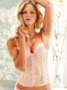 Metallic Lace Bustier, collection Dream Angels par Victoria's Secret