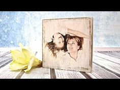 Den fineste How to do a photo on a wooden board - tutorial DIY Picture Transfer To Wood, Wood Transfer, Decoupage Tutorial, Diy Tutorial, Photo Onto Wood, Photo Christmas Ornaments, Decoupage Furniture, Decoupage Art, Wooden Picture