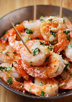 Ready in 10 minutes and seriously amazing — These Garlic Parmesan Shrimp are perfect appetizer for the holidays!