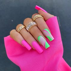 Nail Design Glitter, Nail Design Spring, Cute Acrylic Nail Designs, Neon Acrylic Nails, Neon Nails, Swag Nails, Stylish Nails, Trendy Nails, Neon Rosa