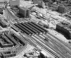 Bouw Metro voor het Centraal Station. Lucht foto ter hoogte van het Groothandelsgebouw