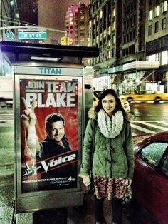 The Voice Season 1 runner up Dia Frampton representing #TeamBlake in NYC. #TheVoice