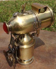Peugeot Karbidlampe mit Rücklichtfunktion