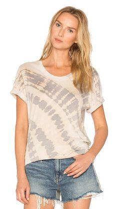 37935aa3e54 23 Best Women s shirts images
