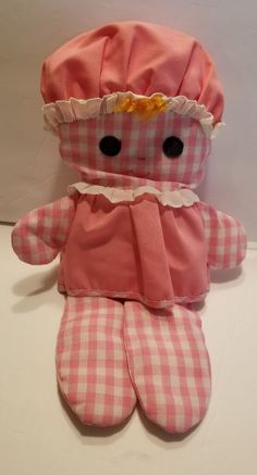 I loved this little doll! 90s Childhood, My Childhood Memories, Sweet Memories, Fisher Price Toys, Vintage Fisher Price, Retro Toys, Vintage Toys 1970s, Old School Toys, Pink Gingham