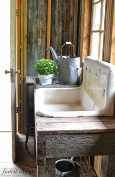 potting shed sink ~~ Faded Charm: ~Spring Cleaning~whoa! i have this exact sink for my shed!