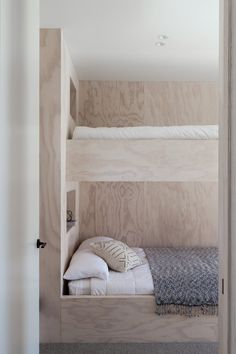 Bunk Rooms, Bunk Beds, Aluminum Bar Stools, Tamizo Architects, Upholstered Bench Seat, Steel Frame Doors, Built In Bunks, Interior Architecture, Interior Design