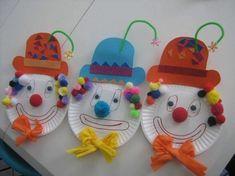 clown gesichter basteln mit kindern faschingideen crafts for kids for teens to make ideas crafts crafts Clown Crafts, Circus Crafts, Carnival Crafts, Kids Carnival, Carnival Themes, Circus Theme, Kindergarten Crafts, Preschool Crafts, Crafts For Teens To Make