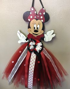 Porta Moños Minnie Mouse Hair Bow Hanger, Diy Hair Bow Holder, Tutu Bow Holders, Diy Hair Bows, Mickey Mouse Crafts, Minnie Mouse Bow, Organizing Hair Accessories, Girls Hair Accessories, Diy And Crafts