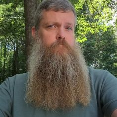 Visit Ratemybeard.se and check out @BeardedSteven - http://ratemybeard.se/beardedsteven-2/ - support #heartbeard - Don't forget to vote, comment and please share this with your friends.