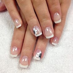 Attention to the semi-permanent varnish - My Nails French Nails, French Manicure Nails, French Tip Nail Designs, Toe Nail Designs, White Tip Nails, Bridal Nails, Professional Nails, Toe Nails, Nail Tips
