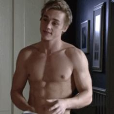 Ben Hardy, formerly Peter Beale on the BBC soap opera EastEnders, has joined the cast of X-Men: Age of Apocalypse. Ben Hardy, Oscar Wilde, X Men Personajes, Taylor Rogers, Jackson Life, Somebody To Love, I Want To Cry, Wattpad, Tumblr