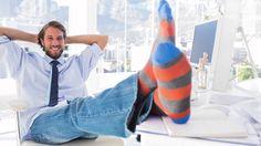Estos calcetines son uuna transgresión a la sastrería, pero a las chicas les gustan los transgresores.