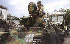 Recent Updates - German soldiers watch Hungarian Toldi tank. Ww2 History, European History, Military History, Tiger Tank, Tank Destroyer, Ww2 Photos, Battle Tank, Ww2 Tanks, Panzer