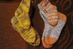 Packing, Socks, Fashion, Bag Packaging, Moda, Fashion Styles, Sock, Stockings, Fashion Illustrations