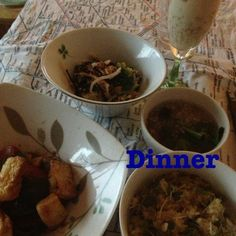 まじょかごはん 4/3 晩ご飯 「久司道夫のマクロビオティック 美しくなるレシピ」より ▪青菜ごはん ▪そばの実のスープ ▪ひじきと野菜のサラダ・アーモンドドレッシング + ▪お揚げさんの酢豚風 ▪パフェ  ちょっと春を意識し過ぎたかもしれません。。。 かぼちゃごはん→青菜ごはん 根菜とテンペの煮しめ→酢豚風 に変更してます。  かぼちゃあってもよかったなぁと思ったので、急遽蒸し煮にして追加決定!! - 21件のもぐもぐ - マクロビごはん by madokamorita