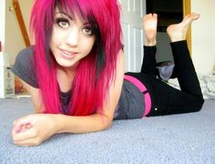 Pink and black scene hair- this is the hair I want!