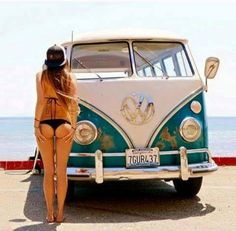 My two favourite things. VW bus and a nice arse...