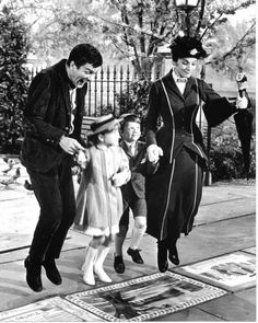 I love how Bert, Jane and Michael all look really excited when they jump and then Mary jumps really gracefully<3