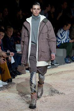 80684332b8c8 Louis Vuitton Fall 2018 Menswear Fashion Show