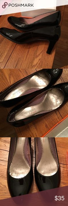 """Who doesn't like Patent Leather 2.5"""" heel leather upper anti Gravity for comfort Easy Spirit Shoes Heels"""