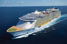 Nice rendered view of Harmony of the Seas and Oasis 4