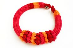 Awesome crocheted necklaces and bracelets by Rita Cordeiro.