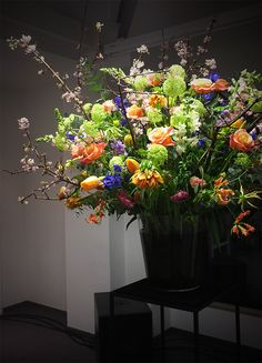 Special Event Vase arrangement for Winter www.apbloem.nl Florist Amsterdam Flowers Bloemen Bloemist Image: Melissa Whelan