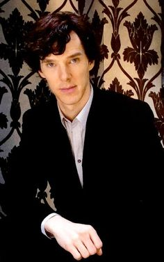 Benedict at 221B <<<This must be taken in the time of the first series, oh my God he looks so young!