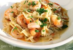 Shrimp and Zucchini with Bowties in Light Tomato Sauce | Skinnytaste