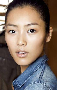 Top models reveal their skin secrets - Liu Wen Japanese Beauty Secrets, Makeup Consultation, Beauty Makeup, Hair Beauty, Eye Makeup, Asian Skincare, Skin Secrets, Bold Brows, Asian Makeup